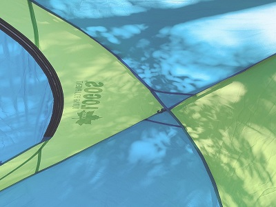 緑と青のテント